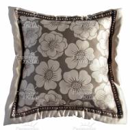 Подушка интерьерная Цветы 40