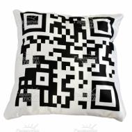 Подушка интерьерная Черно-белое 4